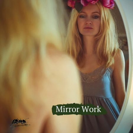 mirror work, connection, heart, mind, soul, connecting with your heart, positive affirmations, connecting with your gut, inner work